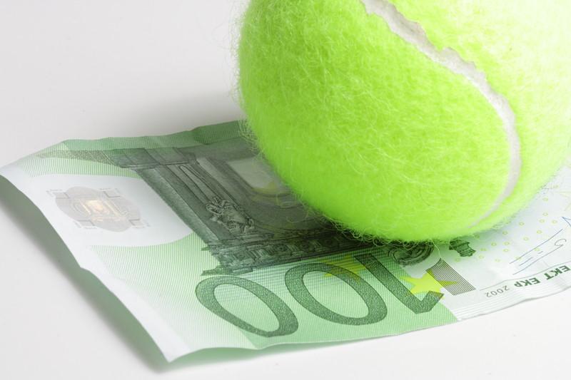 テニスブックメーカー